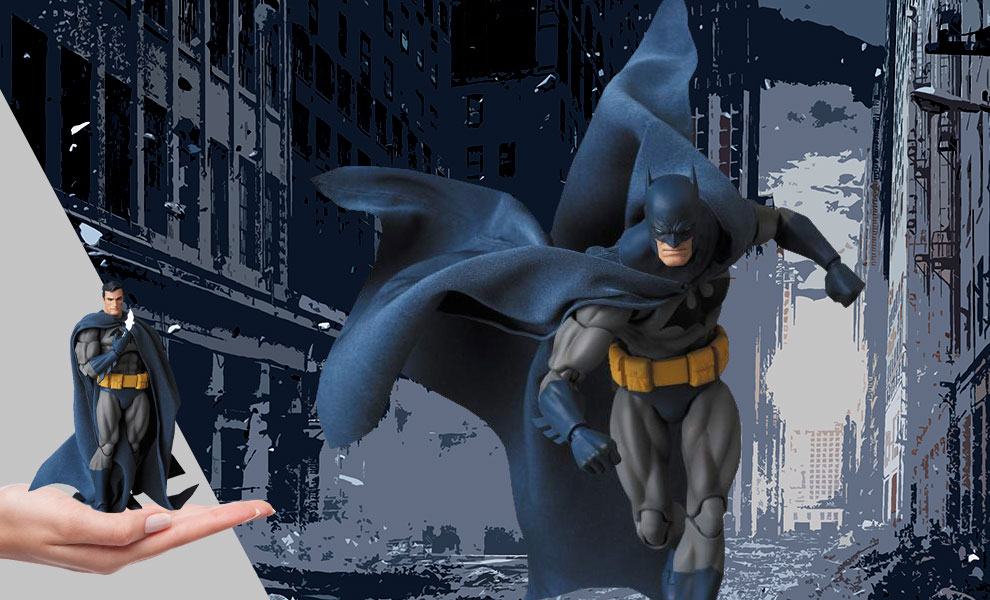 "Gallery Feature Image of Batman ""Hush"" Collectible Figure - Click to open image gallery"