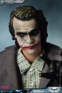Gallery Image of The Joker (Bank Robber Version) Figure