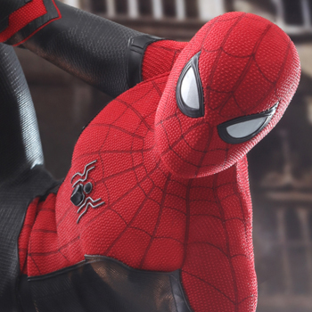 Spider-Man (Upgraded Suit) Sixth Scale Figure