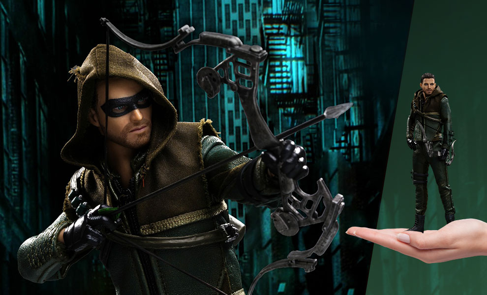 Gallery Feature Image of Green Arrow 2.0 (Deluxe) Collectible Figure - Click to open image gallery