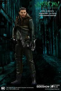 Gallery Image of Green Arrow 2.0 (Deluxe) Collectible Figure