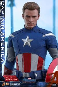 Gallery Image of Captain America (2012 Version) Sixth Scale Figure