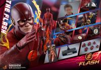Gallery Image of The Flash Sixth Scale Figure