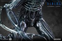 Gallery Image of Alien Warrior Deluxe Maquette