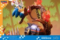 Gallery Image of Sonic and Tails Statue