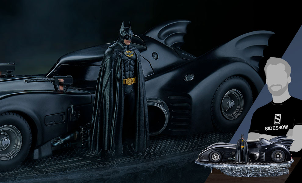 Gallery Feature Image of Batman & Batmobile Deluxe Collectible Set - Click to open image gallery