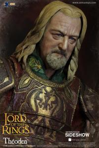 Gallery Image of Théoden Sixth Scale Figure