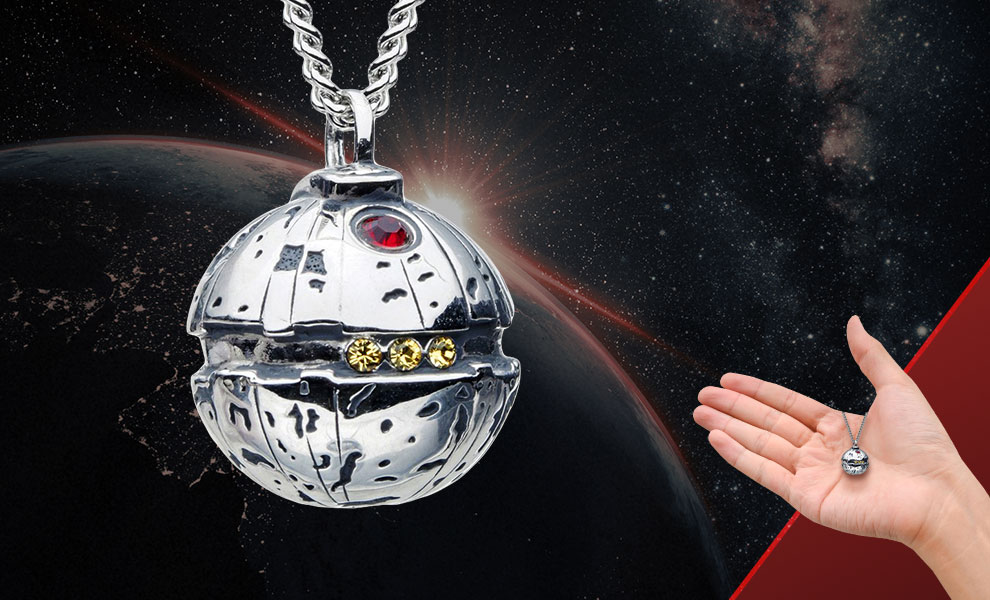 Gallery Feature Image of Thermal Detonator Necklace Jewelry - Click to open image gallery