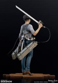 Gallery Image of Levi (Version 2B) Collectible Figure