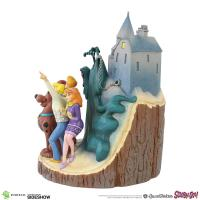Gallery Image of Scooby-Doo Carved by Heart Figurine