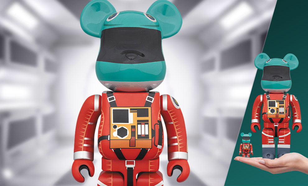 Gallery Feature Image of Be@rbrick Space Suit (Green Helmet & Orange Suit Version) 100% and 400% Collectible Set - Click to open image gallery
