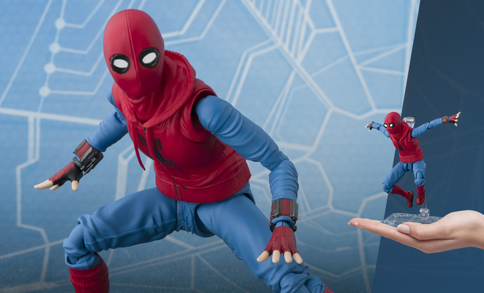 Gallery Feature Image of Spider-Man (Home Made Suit Version) Collectible Figure - Click to open image gallery
