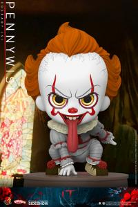Gallery Image of Pennywise Collectible Figure