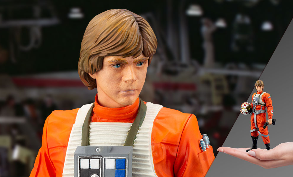 Gallery Feature Image of Luke Skywalker (X-Wing Pilot) 1:10 Scale Statue - Click to open image gallery