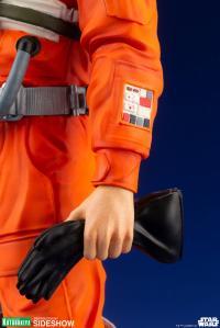 Gallery Image of Luke Skywalker (X-Wing Pilot) Statue