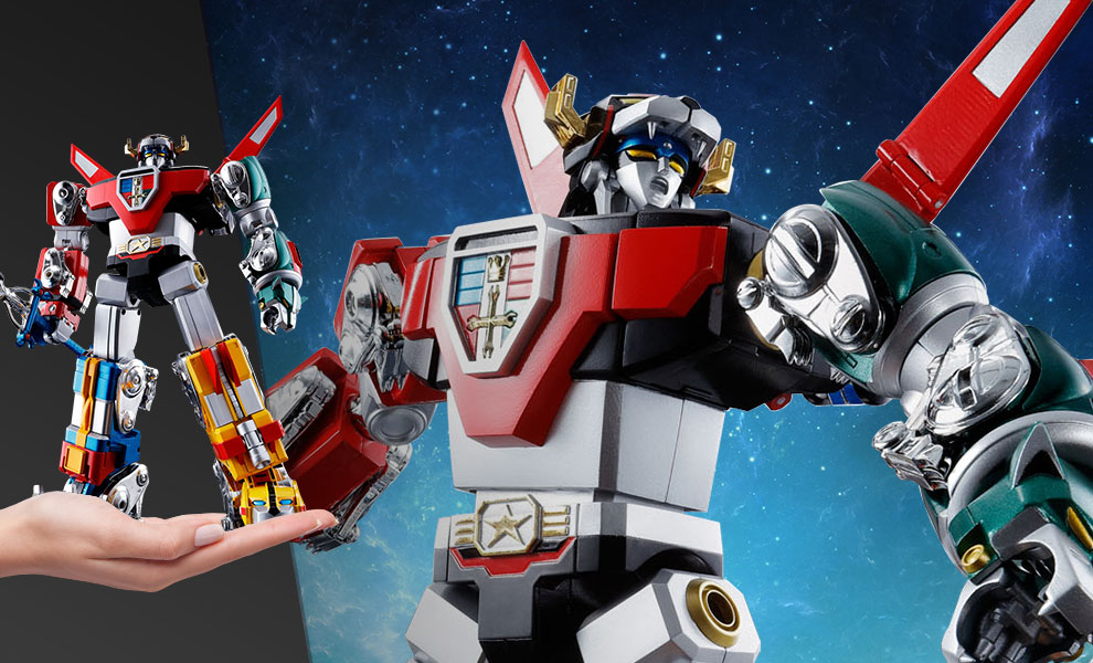 Gallery Feature Image of GX-71 Voltron Collectible Figure - Click to open image gallery