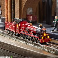 Gallery Image of Hogwarts Express Figurine