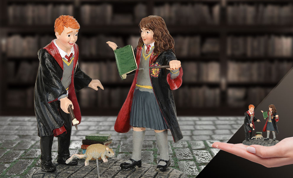 Gallery Feature Image of Wingardium Leviosa! Figurine - Click to open image gallery