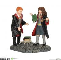 Gallery Image of Wingardium Leviosa! Figurine