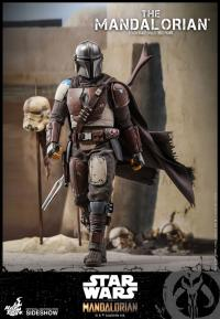Gallery Image of The Mandalorian Sixth Scale Figure