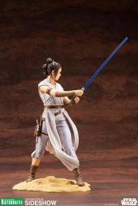 Gallery Image of Rey Statue