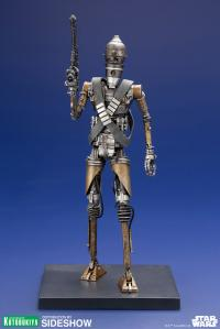 Gallery Image of IG-11 Statue