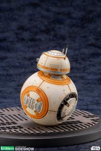 Gallery Image of D-0 and BB-8 Statue