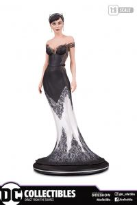 Gallery Image of Catwoman (Wedding Dress) Statue