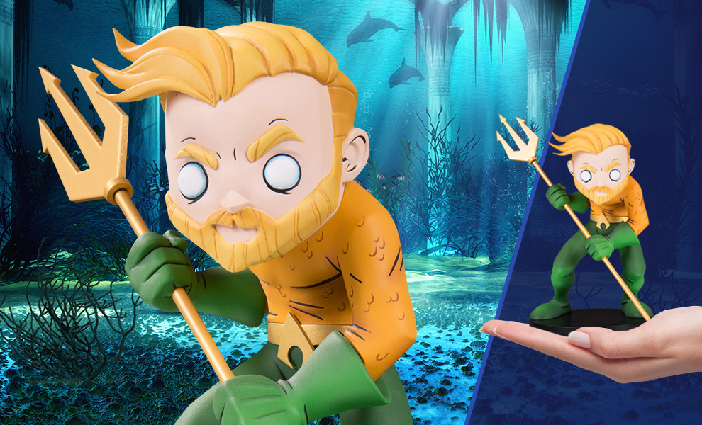 Gallery Feature Image of Aquaman Vinyl Collectible - Click to open image gallery
