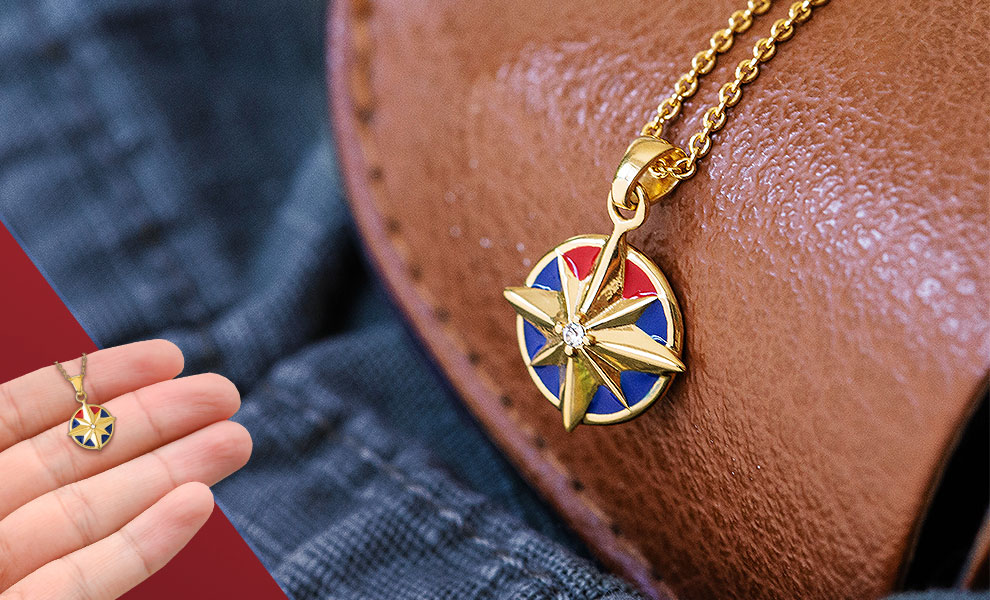 Gallery Feature Image of Captain Marvel Star Necklace Jewelry - Click to open image gallery