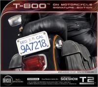 Gallery Image of T-800 on Motorcycle Statue