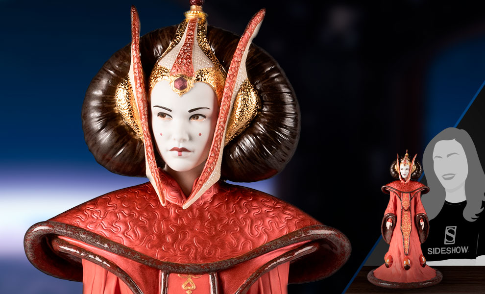 Gallery Feature Image of Queen Amidala in Throne Room Figurine - Click to open image gallery