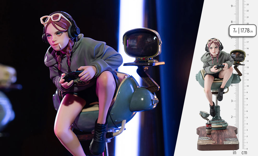 Gallery Feature Image of Tokyo Video Game Girl (Artist Edition) Statue - Click to open image gallery