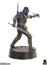 Gallery Image of Geralt Grandmaster Feline Figure