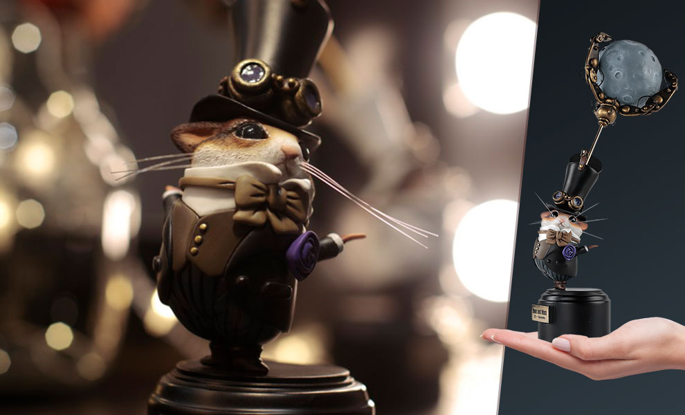 Gallery Feature Image of Hum and Moon Figurine - Click to open image gallery
