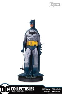 Gallery Image of Batman (Mini) Statue