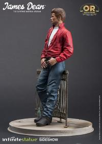 Gallery Image of James Dean Statue