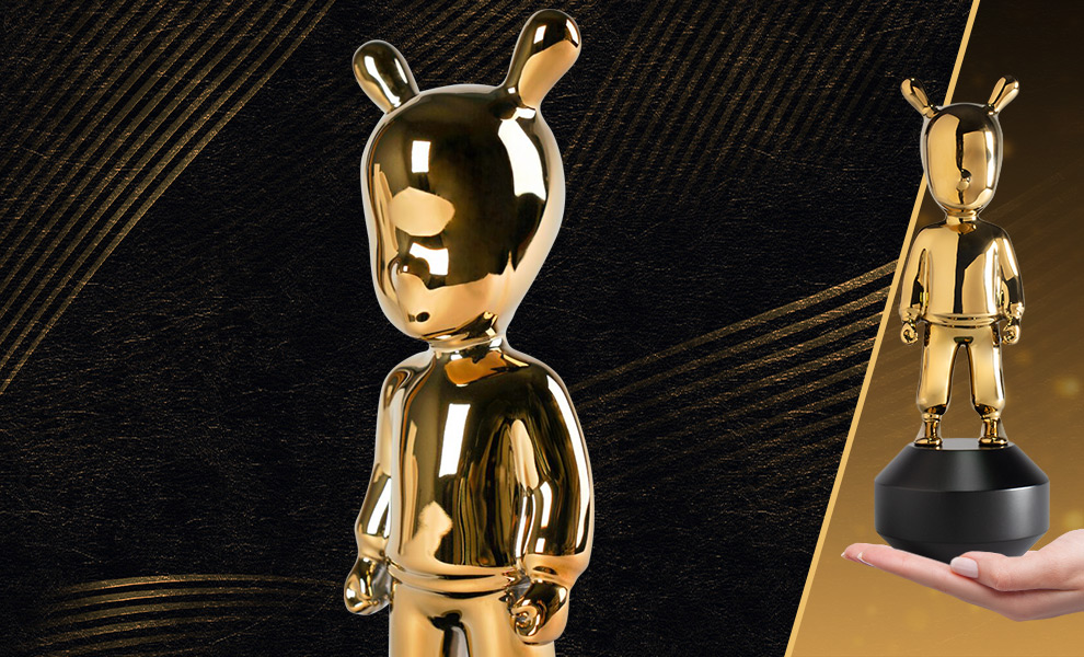 Gallery Feature Image of The Golden Guest Figurine - Click to open image gallery