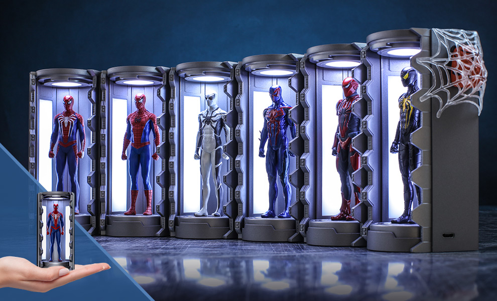 Gallery Feature Image of Spider-Man Armory Miniature Diorama - Click to open image gallery