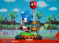 Gallery Image of Sonic the Hedgehog Statue