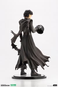 Gallery Image of Kylo Ren Statue