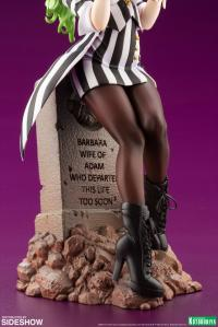 Gallery Image of Beetlejuice Statue