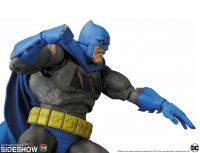 Gallery Image of Batman (The Dark Knight Triumphant) Collectible Figure