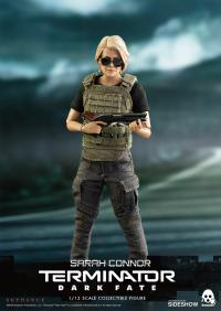Gallery Image of Sarah Connor Collectible Figure