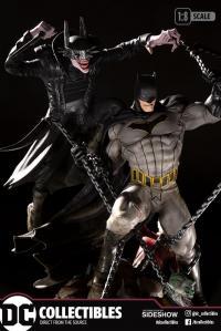 Gallery Image of Batman Who Laughs vs Batman Statue