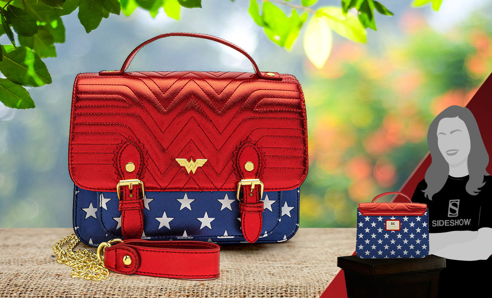 Gallery Feature Image of Wonder Woman Crossbody Apparel - Click to open image gallery
