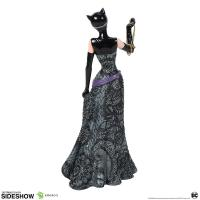 Gallery Image of Catwoman Couture de Force Figurine