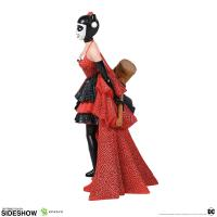 Gallery Image of Harley Quinn Couture de Force Figurine