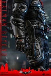 Gallery Image of Batman Beyond Sixth Scale Figure