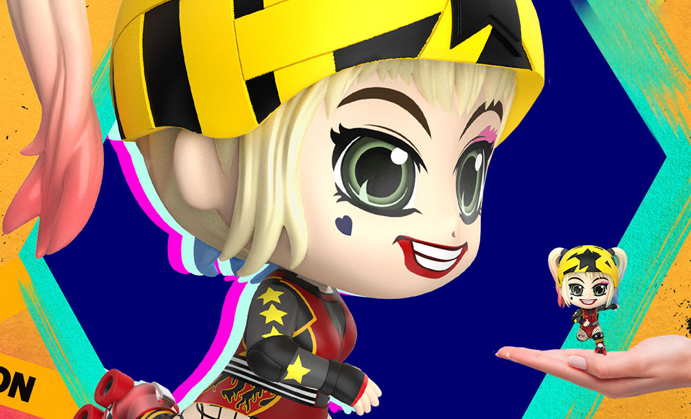 Gallery Feature Image of Harley Quinn (Roller Derby Version) Collectible Figure - Click to open image gallery